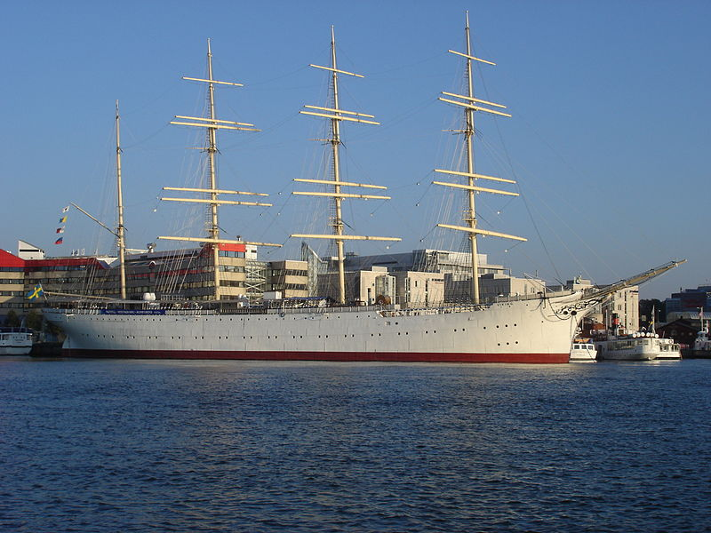 800px-Barken_viking_gothenburg_20051011.jpg