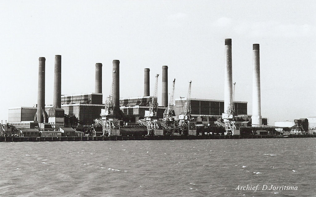 Thames  Powerstation  a  +.jpg