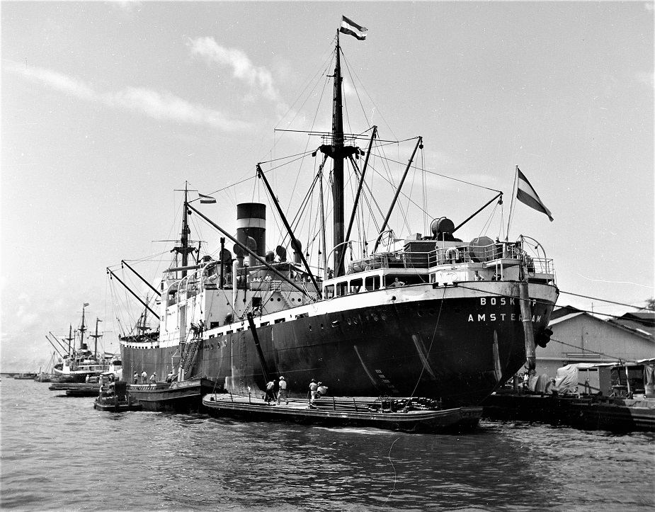 Boskoop in Willemstad 1947.jpg