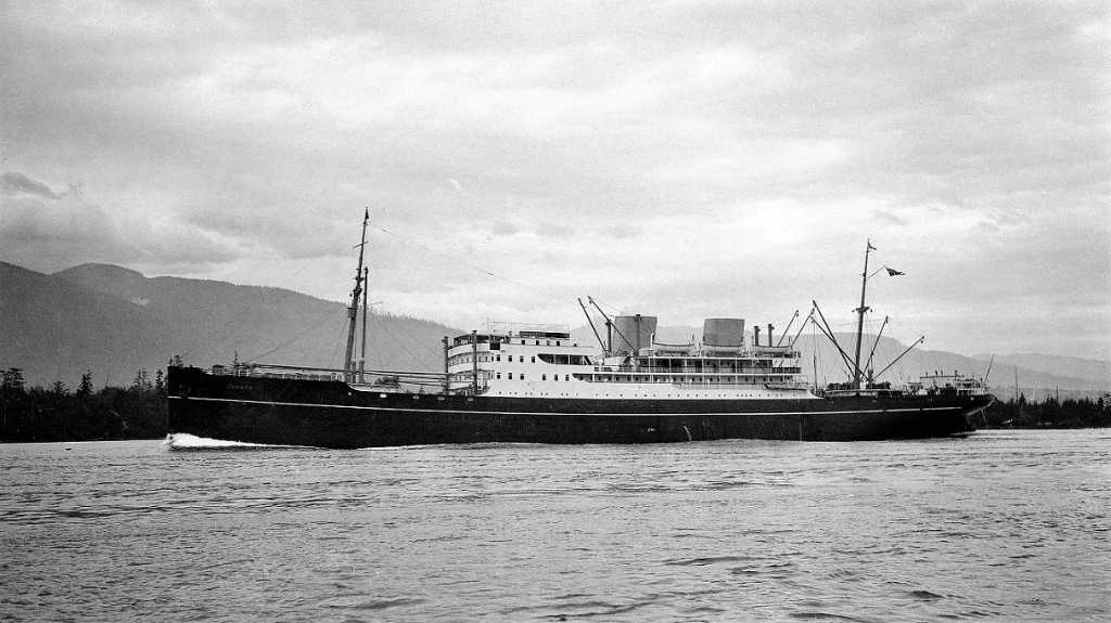 Europa1931-1941 EastAseatic at Vancouver 1932 2.jpg