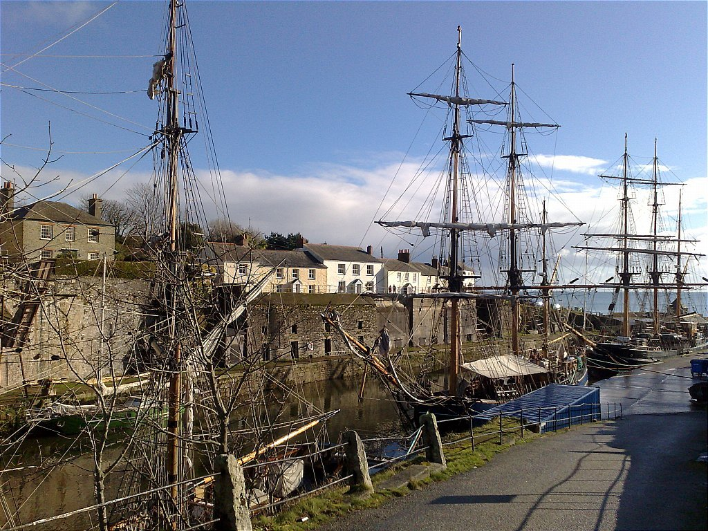 L_Charlestown_Harbour.jpg