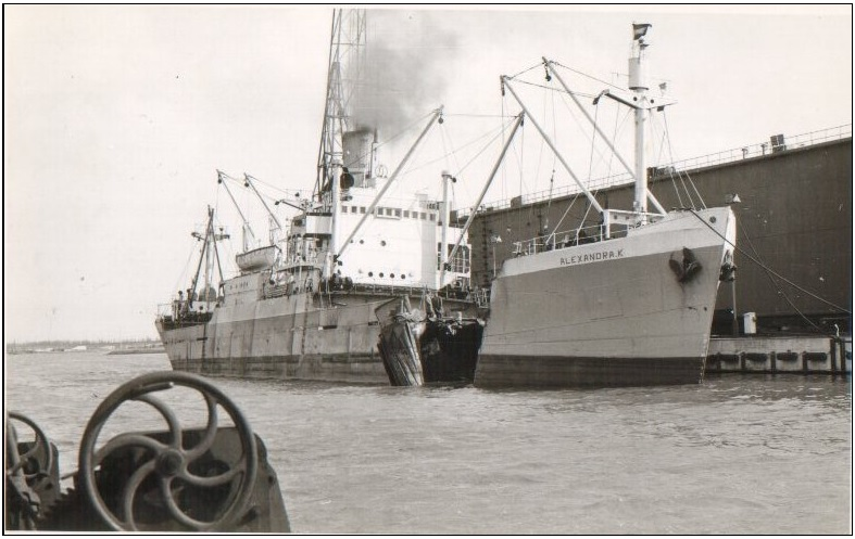 Averdijk (Holland America Line)  and Alexandra K. (Panama flag) collision on Noordzee Kanaal March 4th 1964-5.jpg