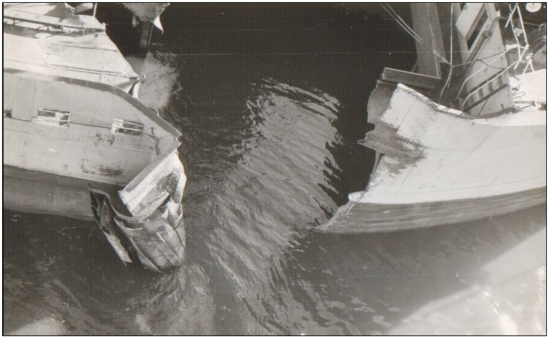 Averdijk (Holland America Line)  and Alexandra K. (Panama flag) collision on Noordzee Kanaal March 4th 1964-6.jpg