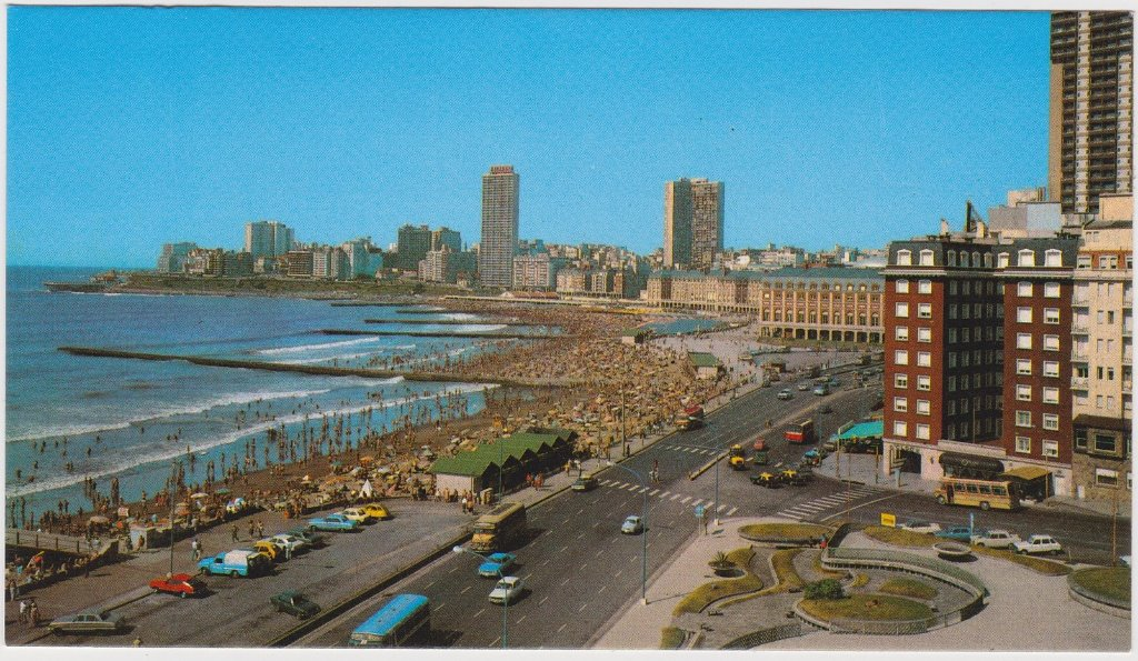 resized_Mar del Plata 1982.jpg