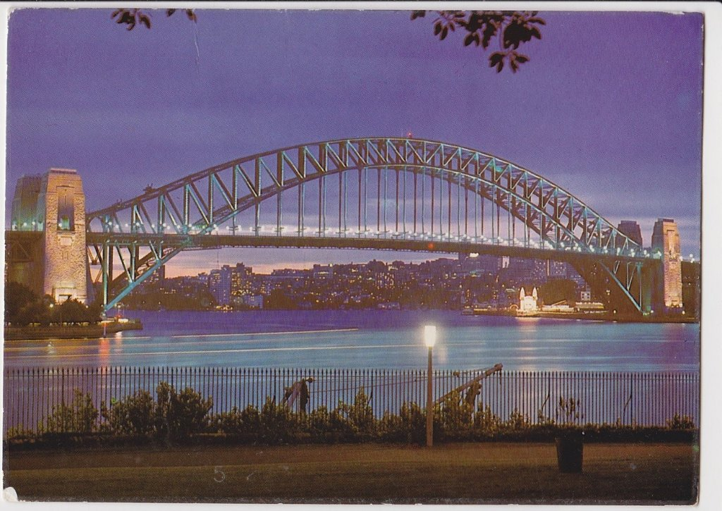 resized_Sydney harbourbridge 1976.jpg
