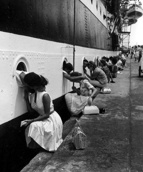 WW2 Farewell-kiss.jpg