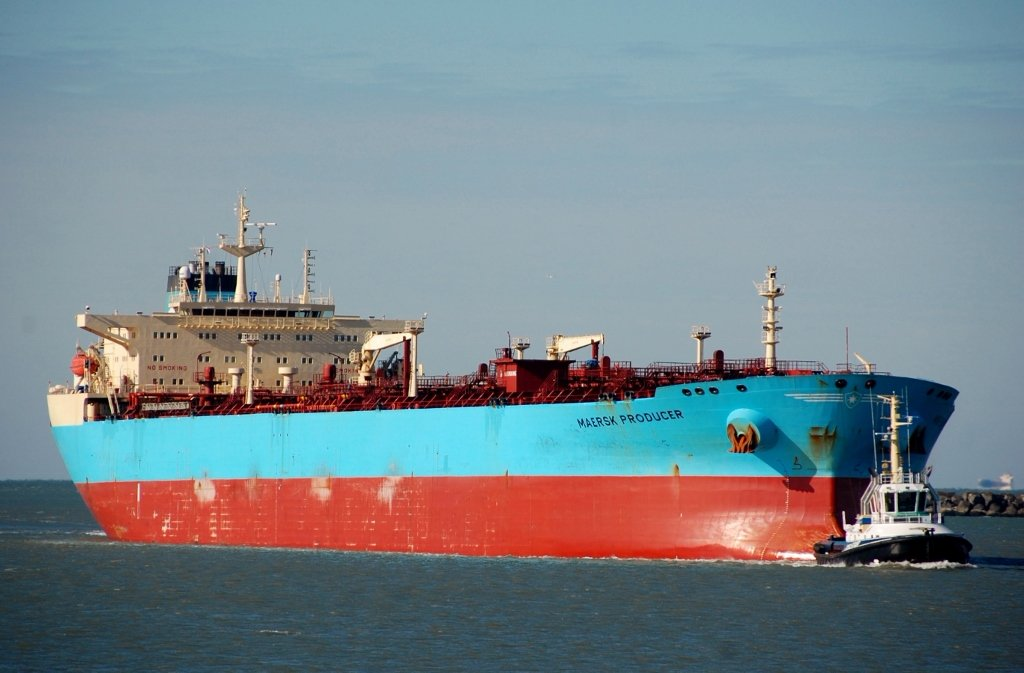 MAERSK PRODUCER s-v.jpg
