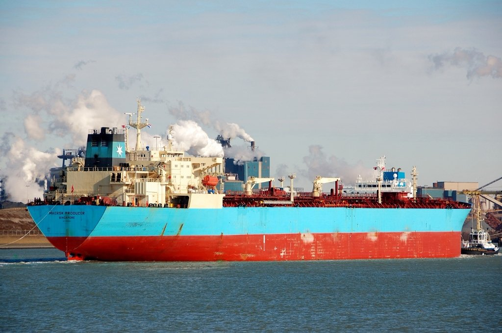 MAERSK PRODUCER s-a.jpg