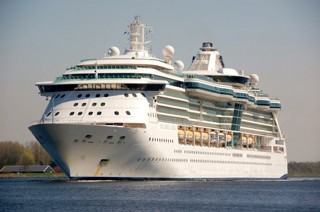 BRILLIANCE of the SEAS b-v.jpg