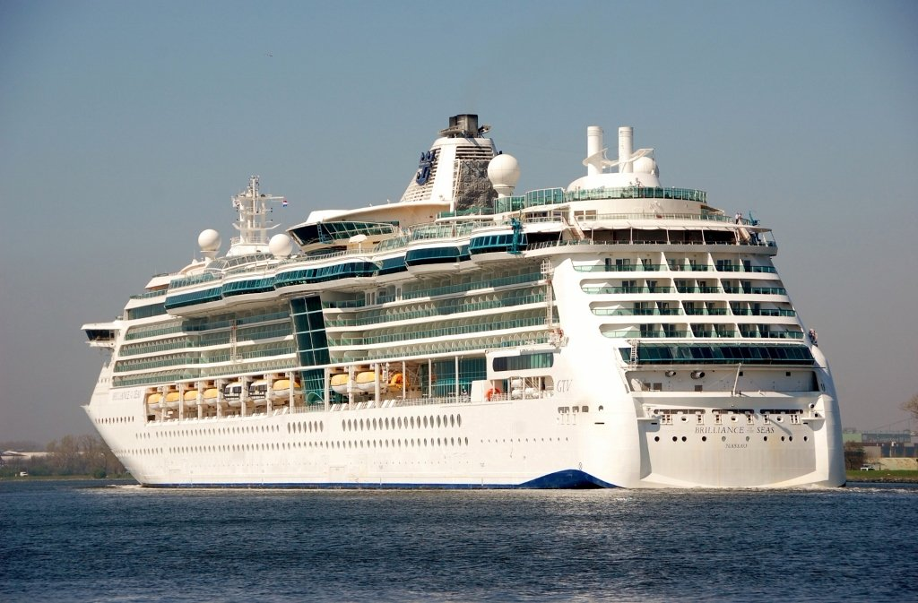 BRILLIANCE of the SEAS b-a.jpg