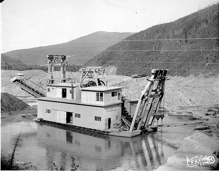 Dredge_YUKON_NO_3_during_mining_operation,_probably_Alaska,_ca_1905_(NOWELL_207).jpeg