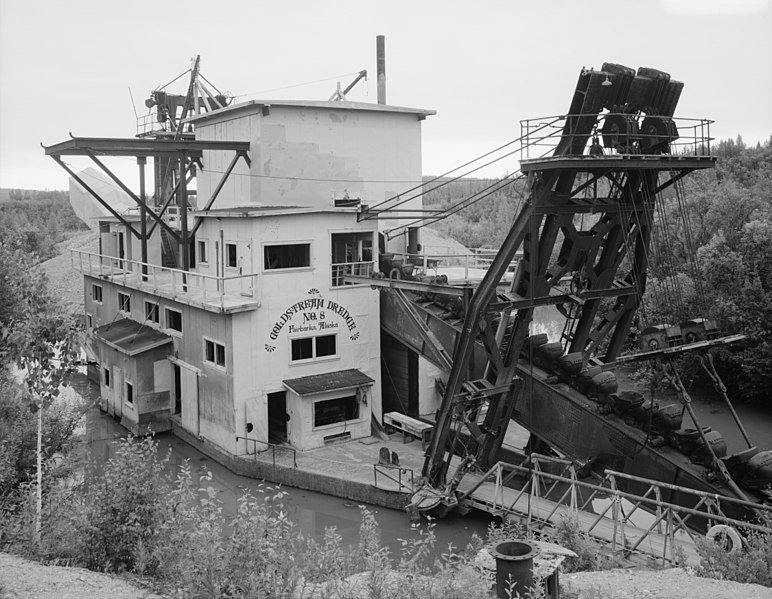 Fairbanks_Exploration_Company,_Goldstream_Dredge_No._8,_Fox,_Fairbanks_(North_Star_Borough,_Alaska).jpg