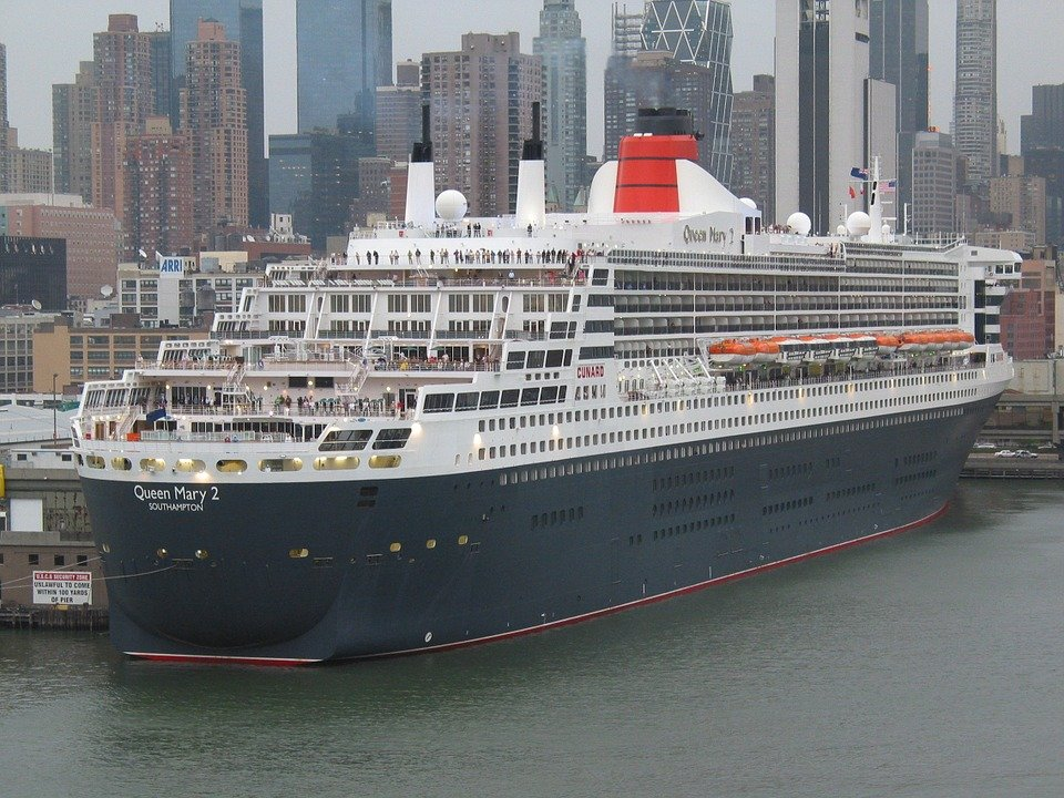 queen-mary-ii-77594_960_720.jpg