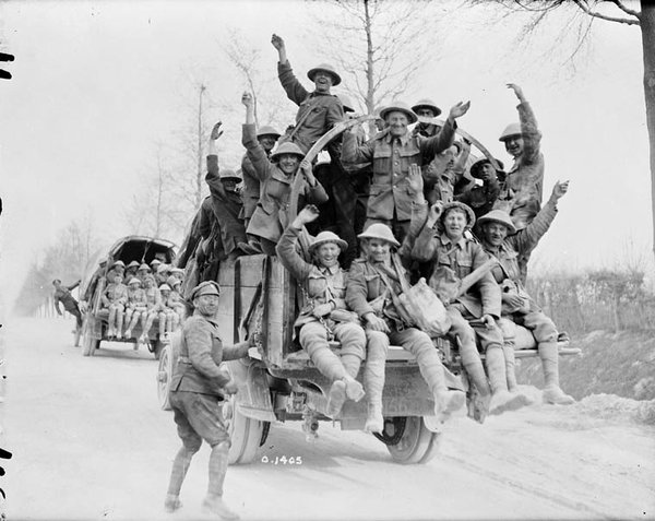 CanadianSoldiers Returning-fromVimyRidge-1917.jpg