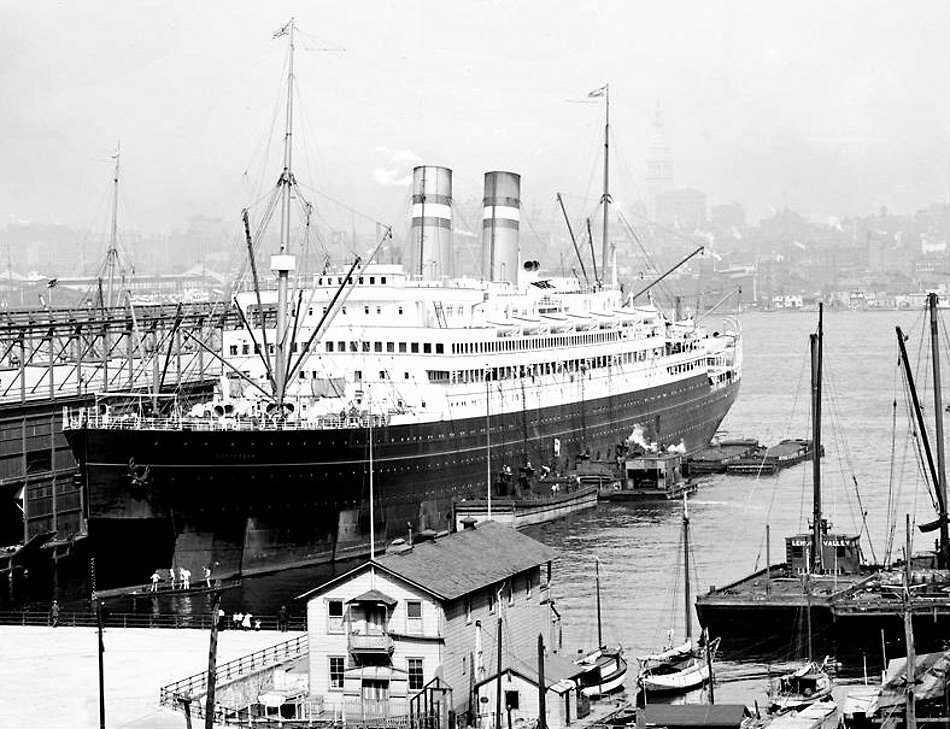 New York Pier Holland America Line.jpg