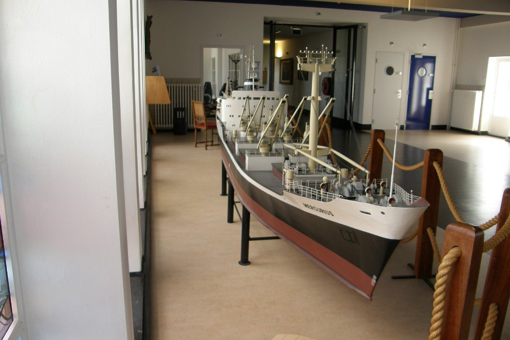 Prins Hendrik Stichting Egmond aan Zee 20120815 model Mercurius KNSM 02.jpg