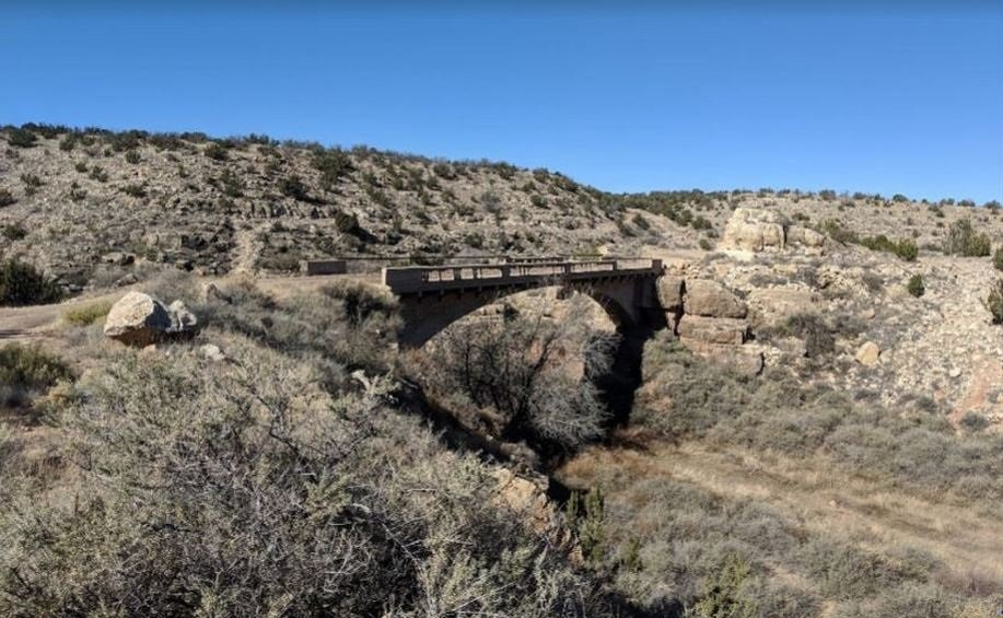 66 Old Route003 - Arizona -Canyon Padre Bridge nabij Twin Arrows.jpg