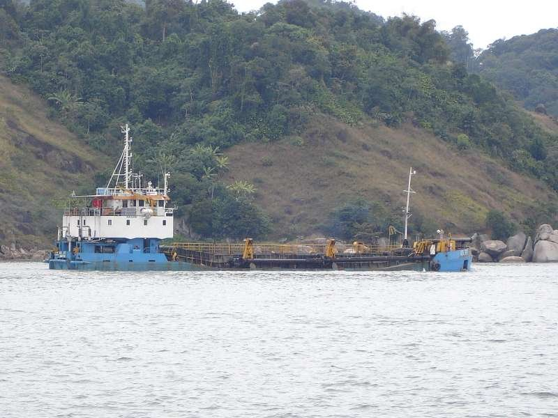 volzee_1 saindo port of santos.jpg