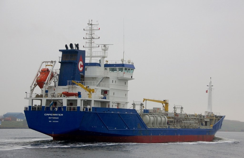 CAPEWATER s-a IMO 9423841.jpg