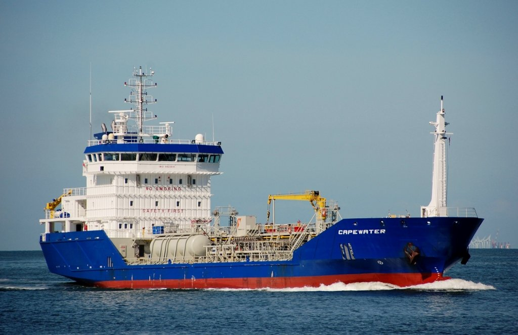 CAPEWATER s-v IMO 9423841.jpg