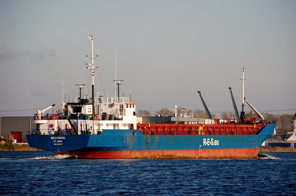 HOLSTENTOR s-a IMO 8801125.jpg