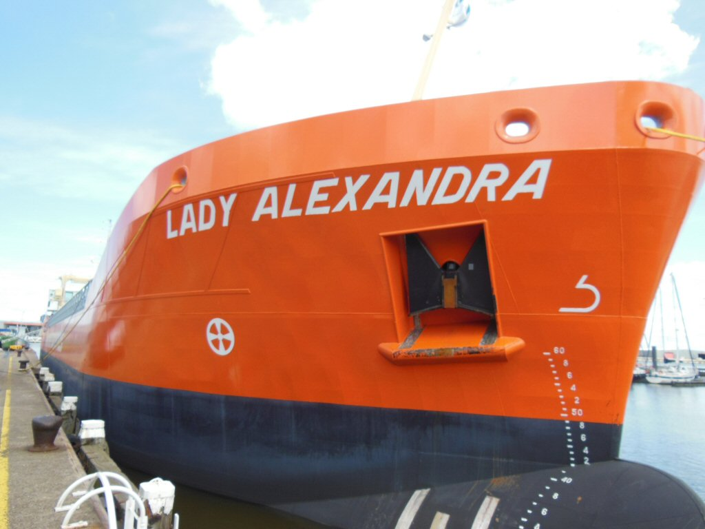 LADY ALEXANDRA-BOW-Large.jpg