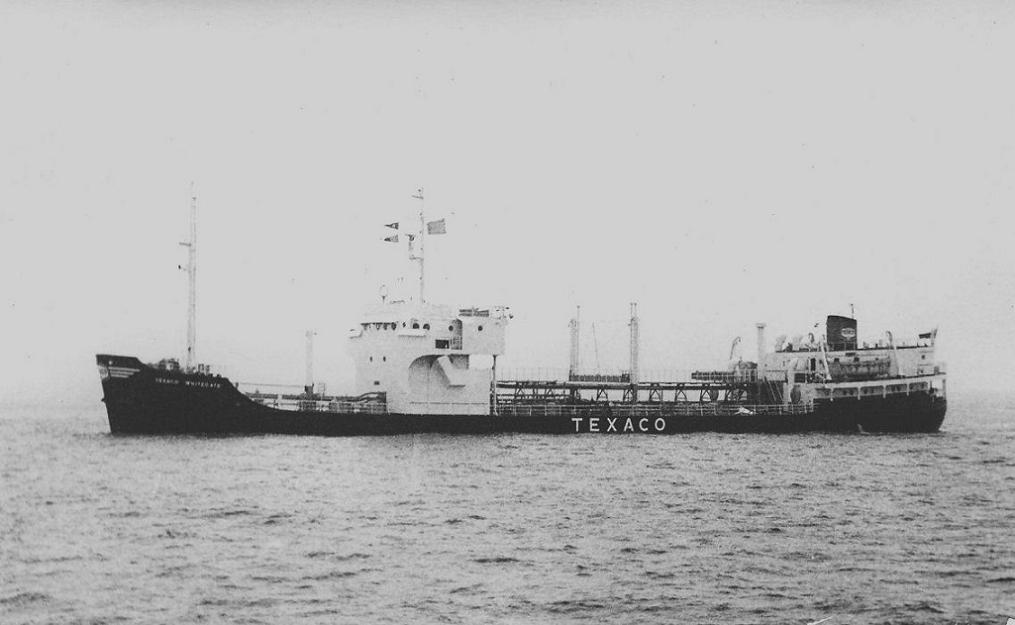 Texaco_Whitegate_Br_off_the_North_Pier_1974.jpg